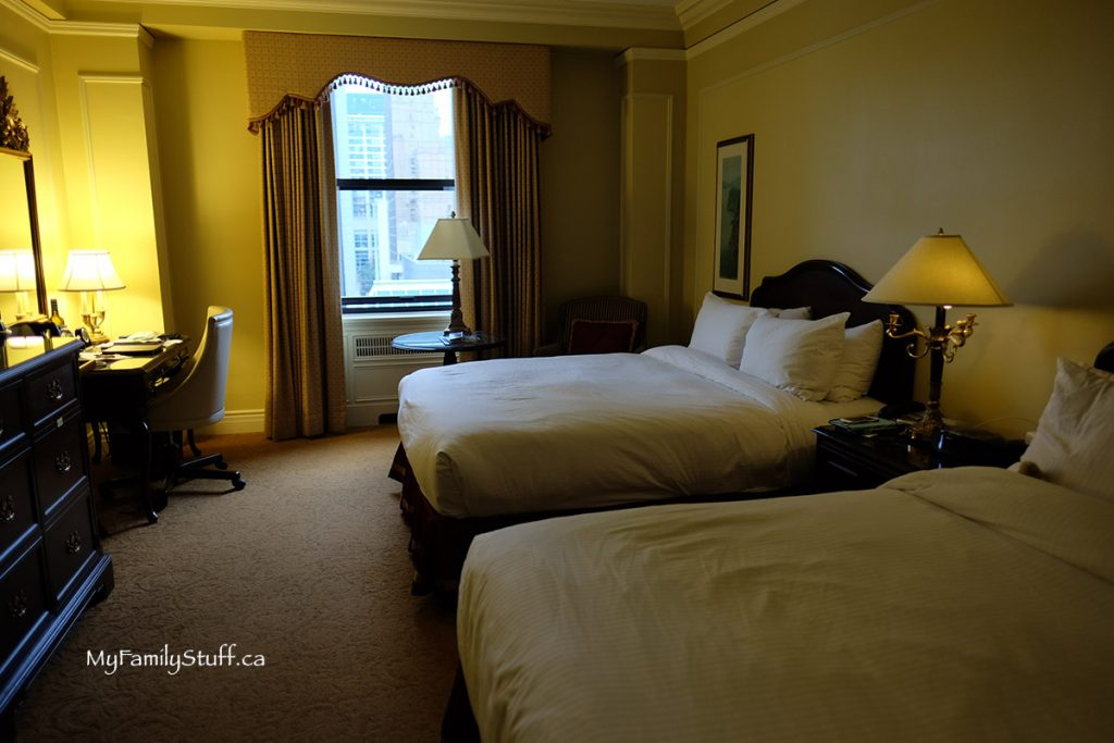 Deluxe Room Fairmont Hotel Vancouver review
