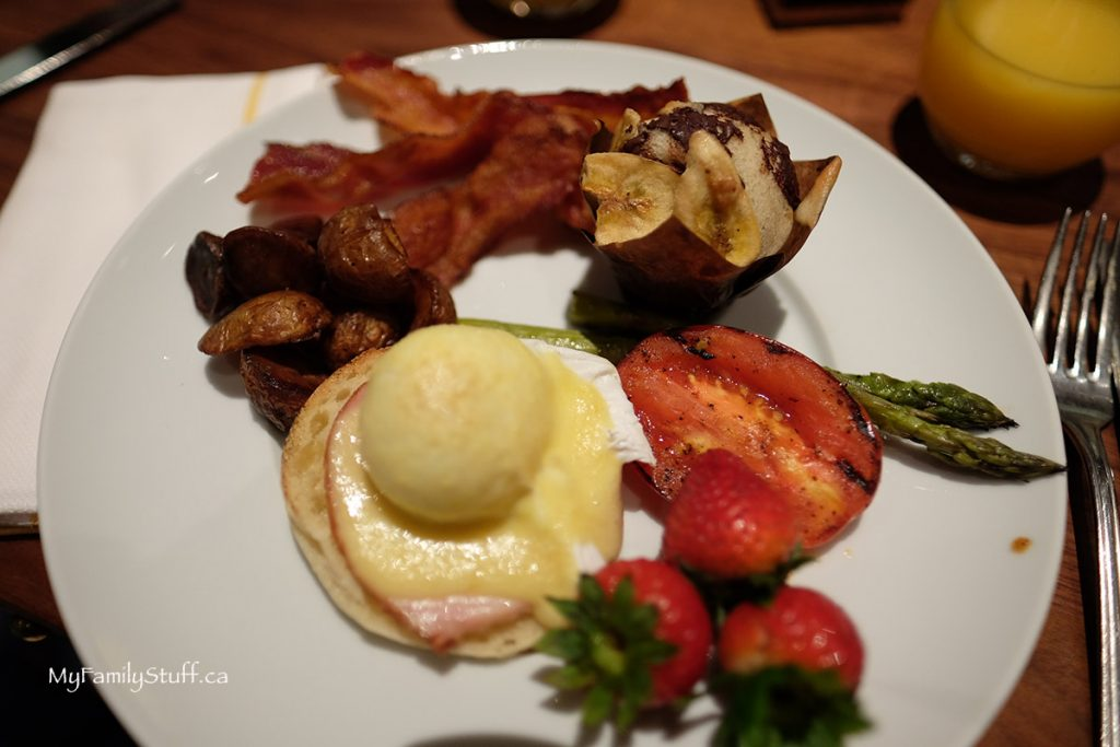 Fairmont Hotel Vancouver buffet breakfast
