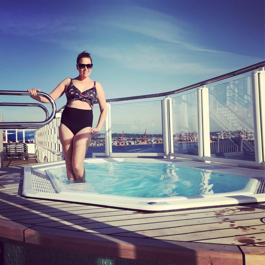 Norwegian Bliss hot tub